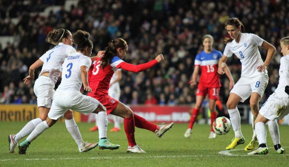 England_Women's_Vs_USA_(16553474105)